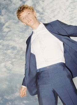 """Hugo Và Những Bộ Suit Từ Thành Berlin: Mỗi Ngày, Đàn Ông Nước Đức Chọn Một """"Niềm Vui"""" 13"""