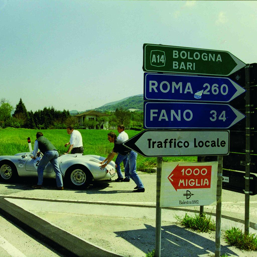 Vạn dặm ganh đua và ba thập niên bền bỉ: Chopard, Brescia và Mille Miglia 3