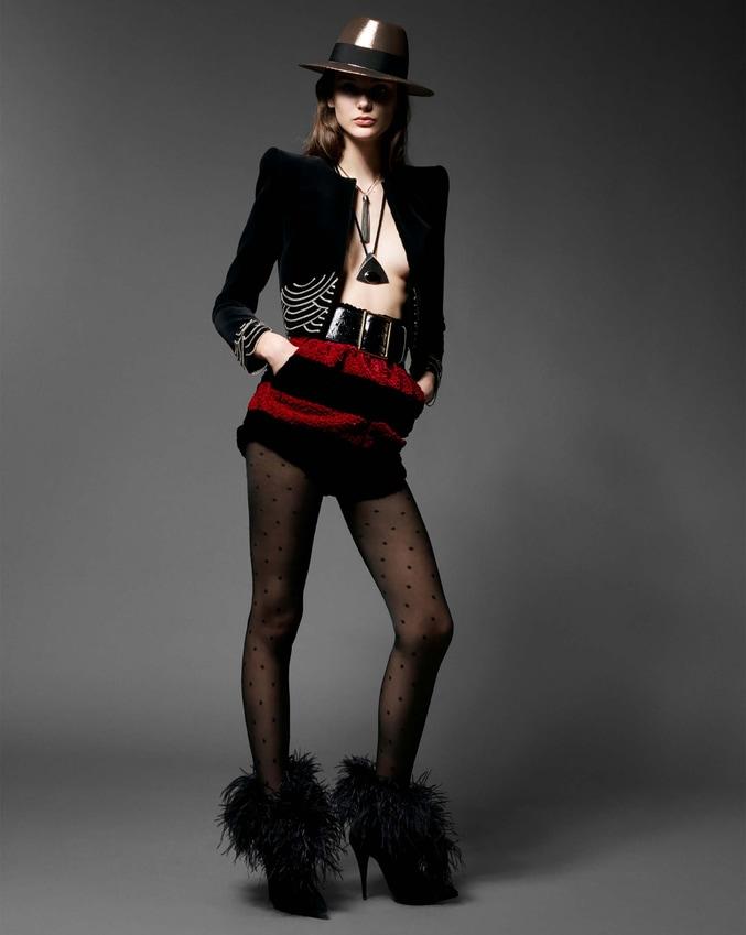 """""""Street Style"""", phong cách 1970 có phải là """"gia vị thời trang mới"""" của các bữa tiệc? 1"""