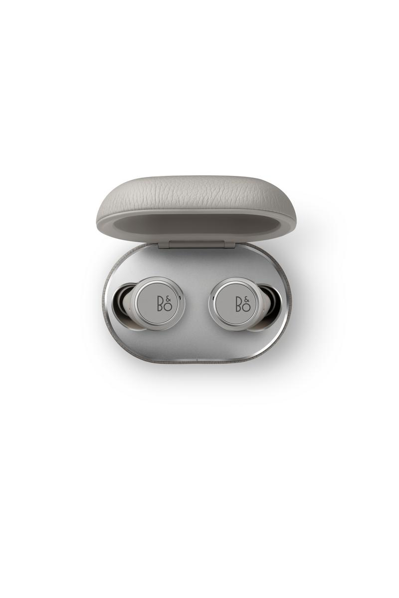 Beoplay E8 3.0 Grey Mist 1