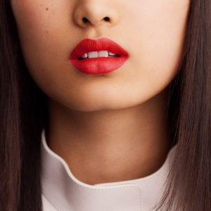 rouge-hermes-matte-lipstick-rouge-exotique--60001MV046-worn-10-0-0-1700-1700-q99_b