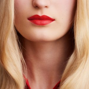 rouge-hermes-matte-lipstick-rouge-exotique--60001MV046-worn-9-0-0-1700-1700-q99_b