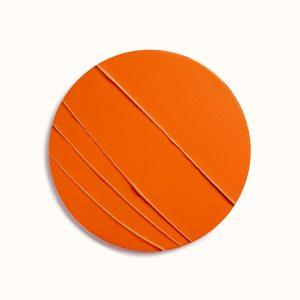 rouge-hermes-satin-lipstick-orange-boite--60001SV033-worn-10-0-0-1700-1700-q99_b