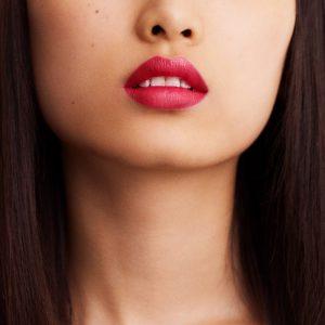 rouge-hermes-satin-lipstick-rose-dakar--60001SV059-worn-6-0-0-1700-1700-q99_b