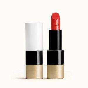 rouge-hermes-satin-lipstick-rouge-amazone--60001SV075-worn-1-0-0-1700-1700-q99_b
